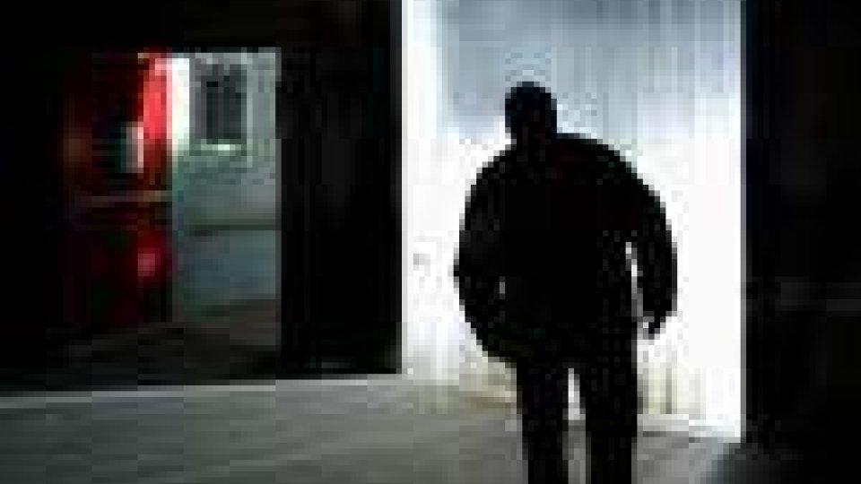 Trent'anni, istruzione superiore, romagnolo: è il profilo medio dello stalker italiano