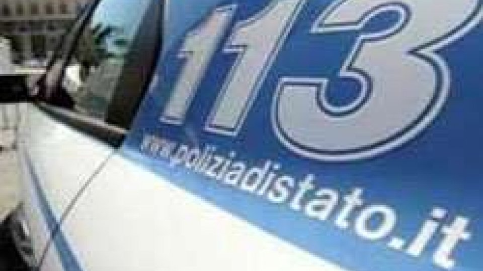 Rimini: ruba portafogli al ristorante, arrestato