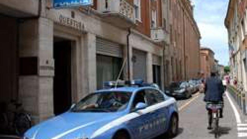 Licenza sospesa 20 giorni a hotel di Rimini: sporco e ritrovo di spacciatori