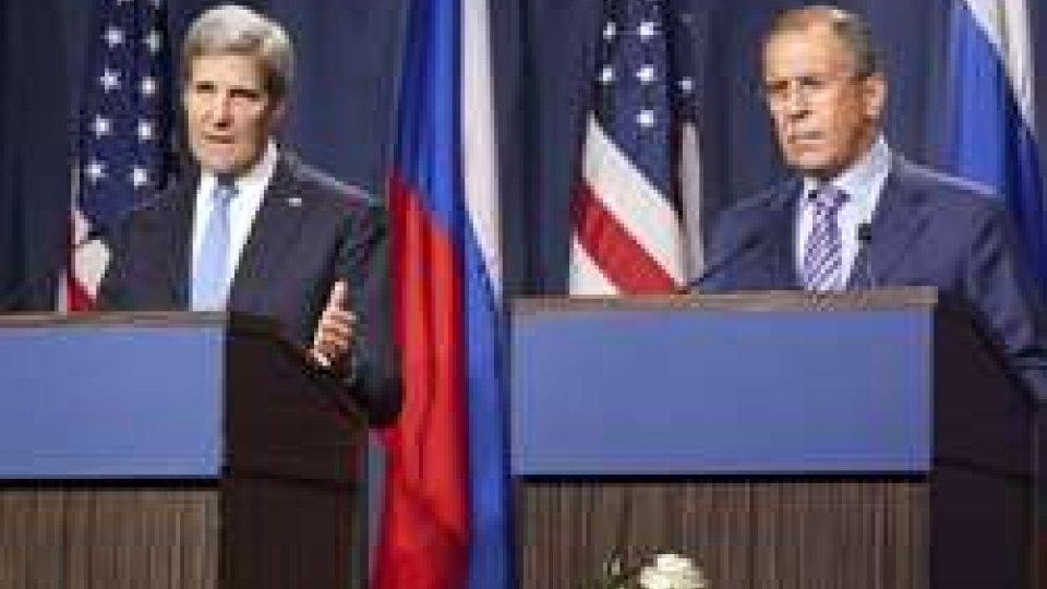 John Kerry e Serghiei Lavrov