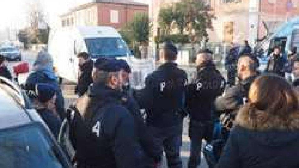 Migranti arrivati a Bologna: 40 spostati in Romagna
