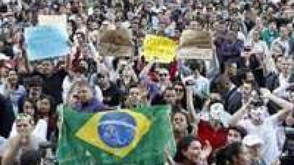 Brasile: il 75% dalla popolazione approva la protesta