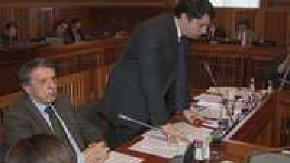 Consiglio: le responsabilità politiche nella vicenda Carisp al centro della discussione