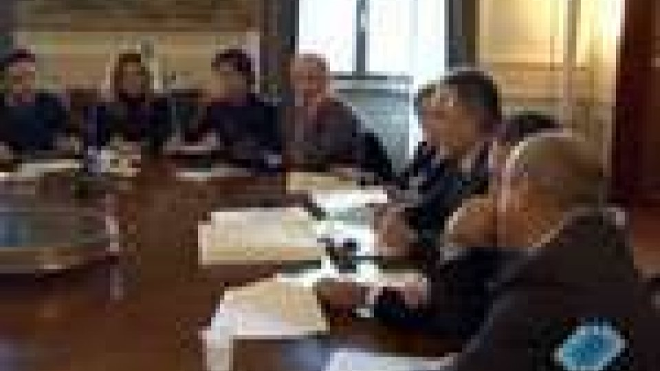 San Marino - Governo e sindacati a confronto sulla Finanziaria 2011Nessuna intesa sulla legge di Bilancio tra governo e sindacati