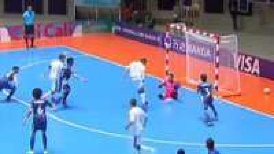 Futsal, Guatemala-Italia 1-5Futsal, Guatemala-Italia 1-5: azzurri agli ottavi. Uragano Brasile, Australia ko 11-1