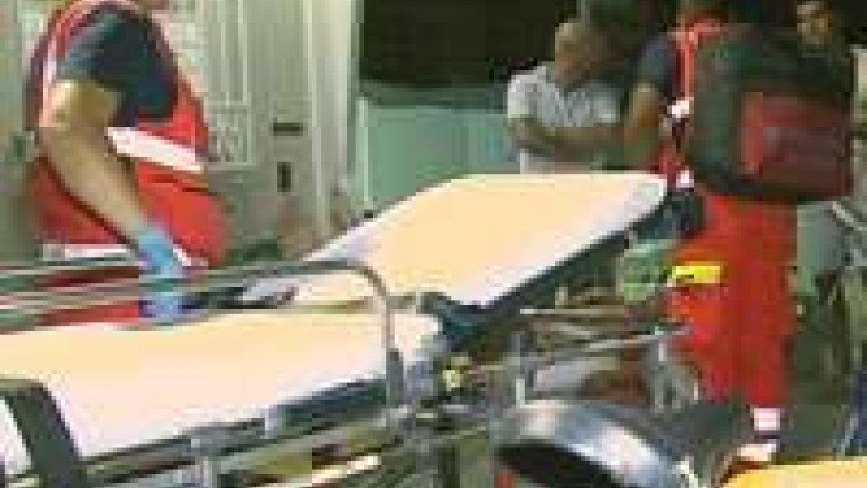 Controllo abusivi: feriti due carabinieri e un bagninoBlitz anti-abusivismo a Rimini: feriti due carabinieri e un bagnino