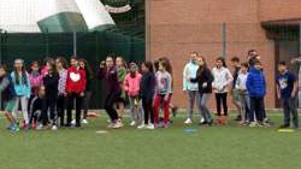 """""""Insieme alla meta"""". Progetto educativo per le scuole elementari e medie di San Marino"""
