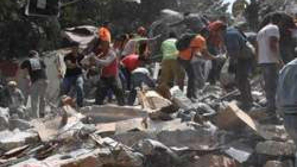 crolli a Città del MessicoTerremoti: Messico, scossa di magnitudo 7.1 causa centinaia di morti