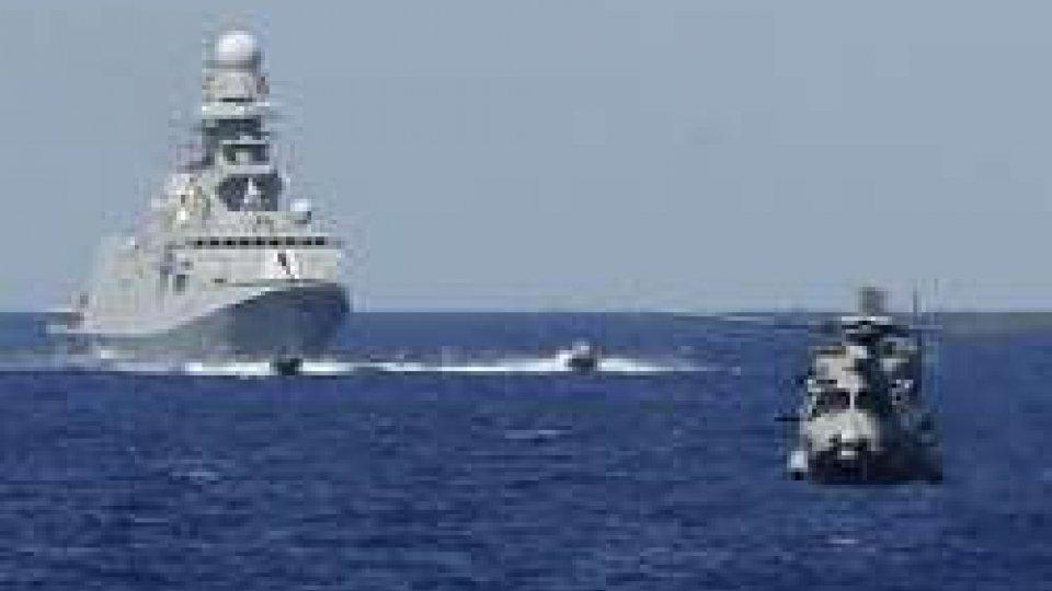Migranti, il Governo italiano vara la missione delle navi in Libia