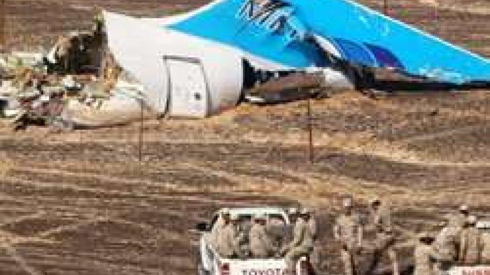 Aereo Sinai, per gli Usa possibile bomba dentro una valigia