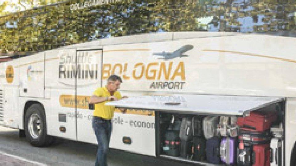 """Aumentano le corse, si rinnova la partnership con Air Dolomiti: novità primavera/estate dello """"Shuttle Rimini/Bologna Airport"""""""