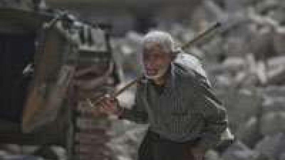 Siria, vittime e feriti nel crollo di abitazioni
