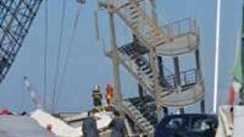 Tragedia nel porto di Genova, oggi lutto cittadino: ancora due dispersi, sette i morti