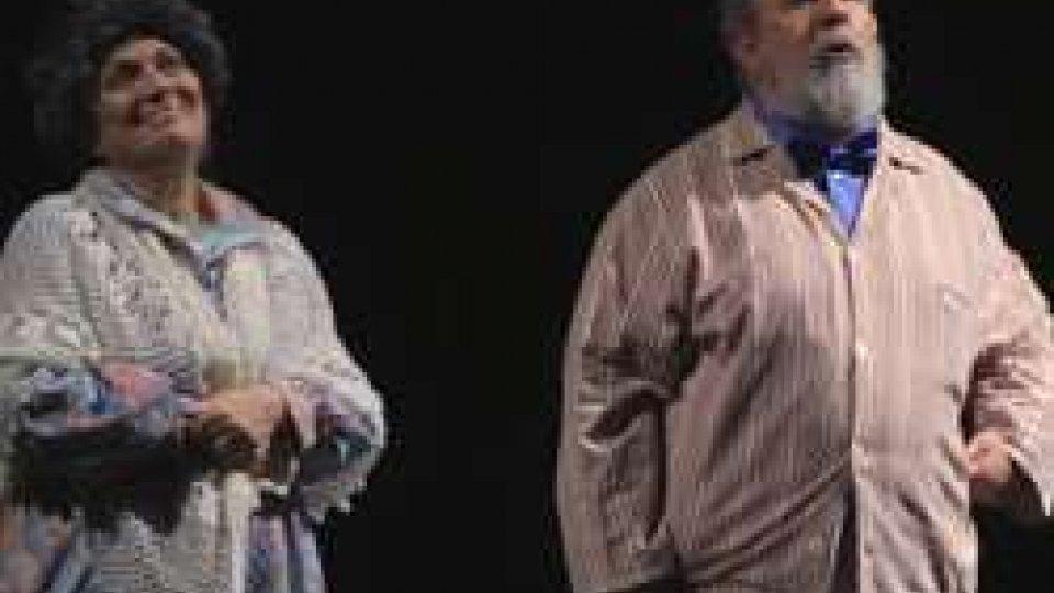 """In scena domenica 25 marzo alle 21 al Nuovo di Dogana per il ciclo IDENTITÀ TEATRALIDal film al teatro: la versione di MELCHIONNA-ARENA di """"Parenti serpenti"""""""