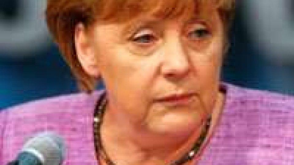 La Merkel in visita ad Atene