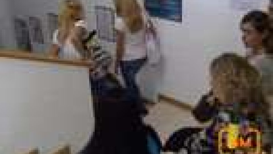 San Marino - In tanti in fila all'ospedale per il corso di operatore socio-sanitario