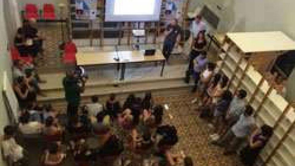 """le comunità al centro della Design Weektre conferenze aperte al pubblico nella settimana di workshop """"Design per le comunità - l'innovazione al centro del progetto"""""""