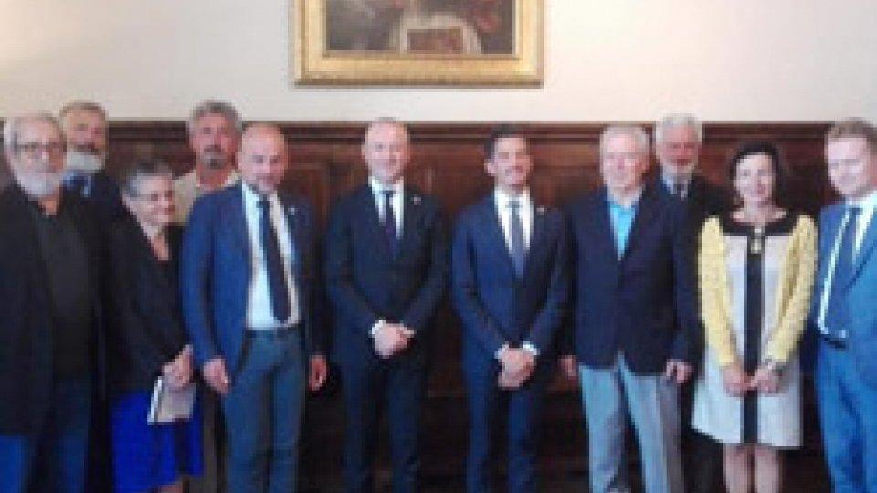 Gli archivi della Pieve e la politica estera del Titano nei nuovi libri dell'Università di San Marino, presentati ai Capitani Reggenti