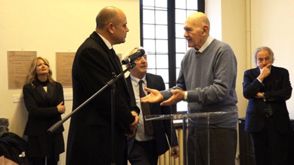 La mostra alla Casina dei VallatiLa persecuzione degli ebrei e la diplomazia: c'è anche San Marino nella mostra a Roma