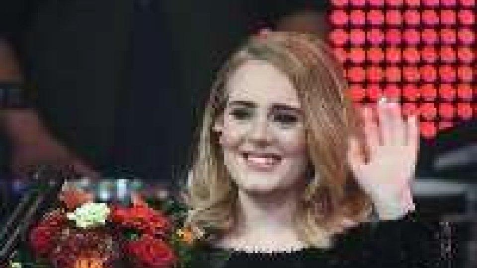 Adele si gioca la nomination ai prossimi Grammy