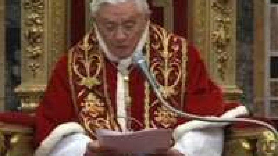 """Siria, il Papa: """"Deporre le armi, la guerra vedrà solo sconfitti"""""""
