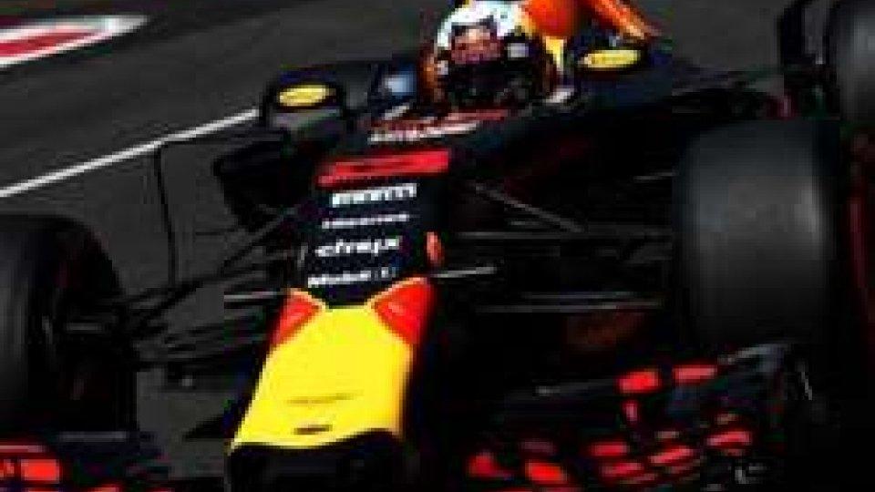 F1: Ricciardo ha vinto il GP di Baku, quarta la Ferrari di Vettel