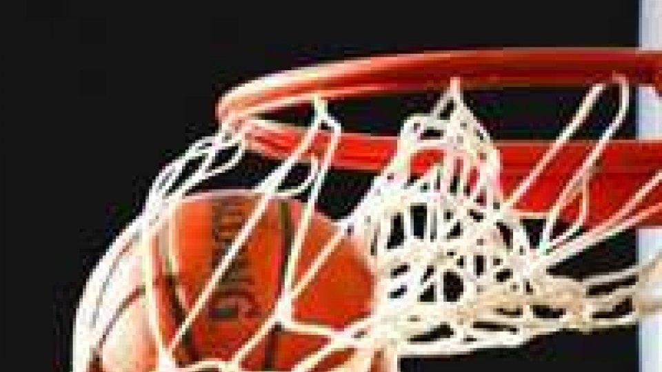 Basket: Nba; Lebron super, Miami sbanca Orlando, Chicago ko