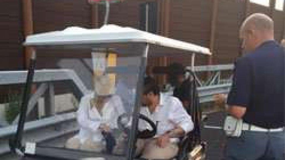 Rimini: Emiro si perde in golf car, imbocca A14 per tornare in hotel