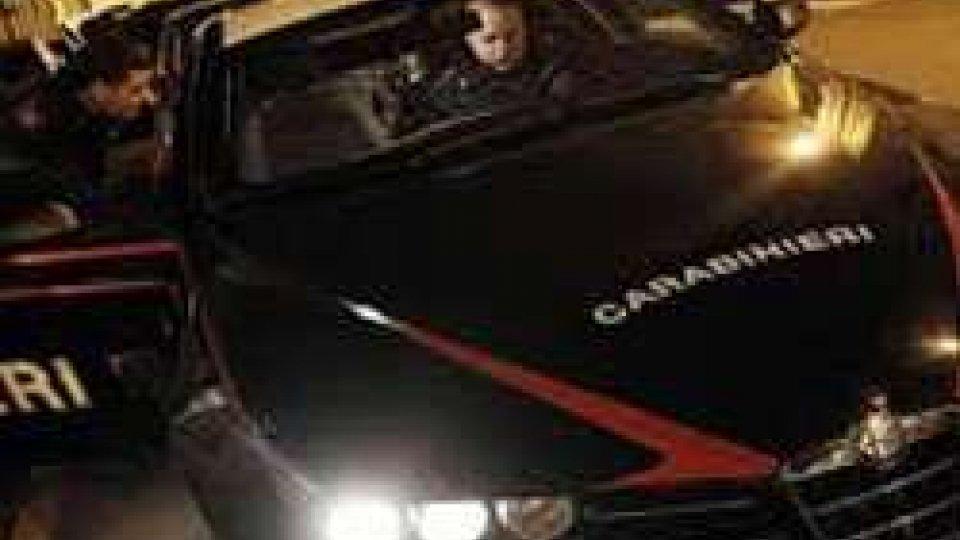 Riccione: arrestato ligure accusato di violenza e rapina