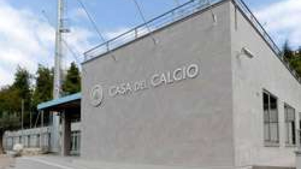 Casa del CalcioProcura Federale: deferimenti per 26 tesserati e responsabilità oggettiva per sei società