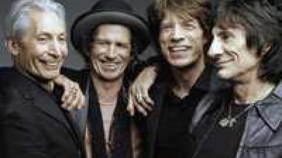 I Rolling Stones celebrano i 50 anni con una canzone dei BeatlesI Rolling Stones celebrano i 50 anni con una canzone dei Beatles
