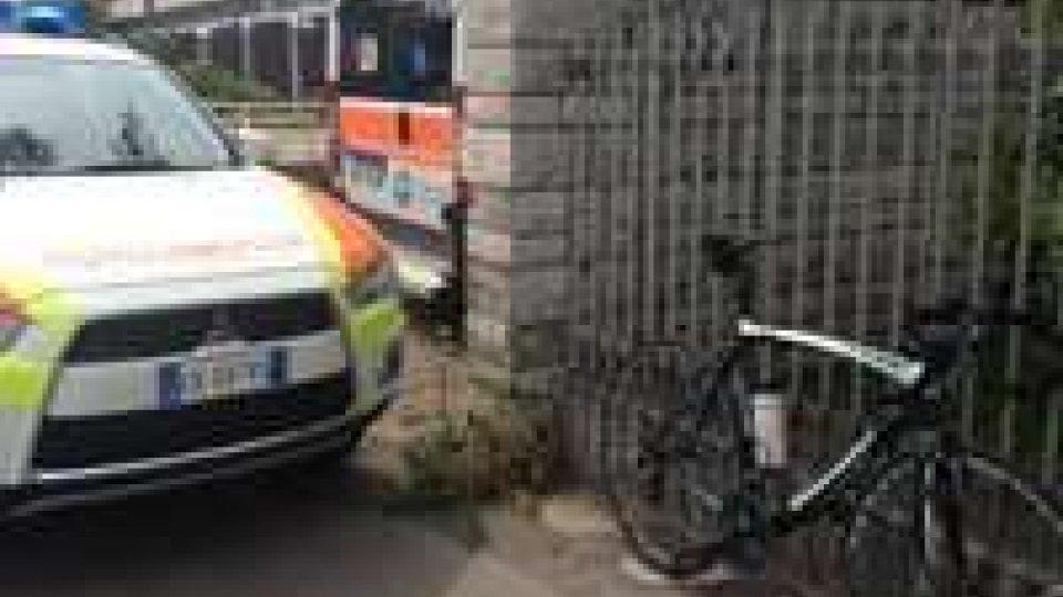 Rimini: ciclista cade da solo. In prognosi riservata