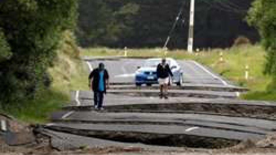 Dopo il terremoto, frane e scosse d'assestamento in Nuova Zelanda
