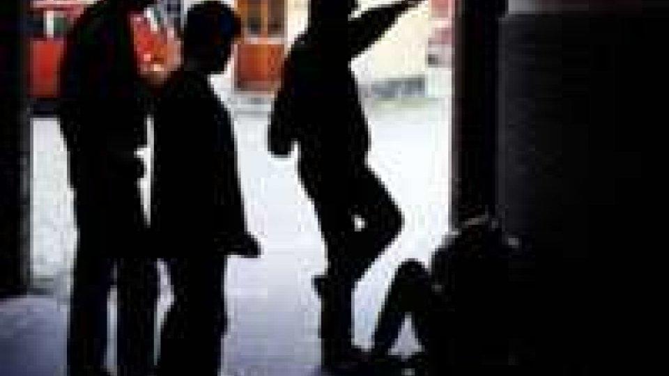 Fano: ristoratore aggredito da baby gang