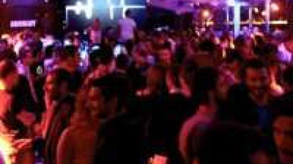 Arrestati quattro giovani in discoteca a Riccione