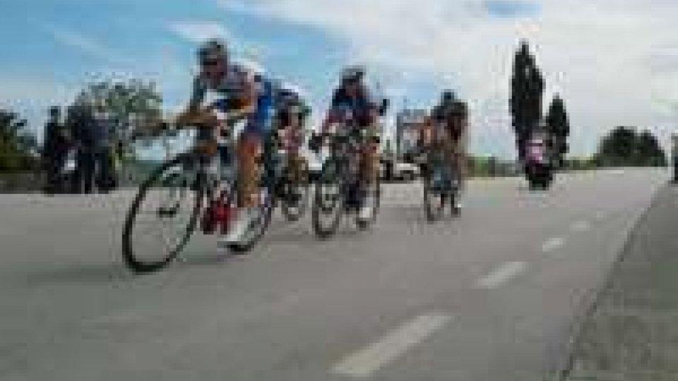 Giro: a Pescara vince Hansen, cade Wiggins