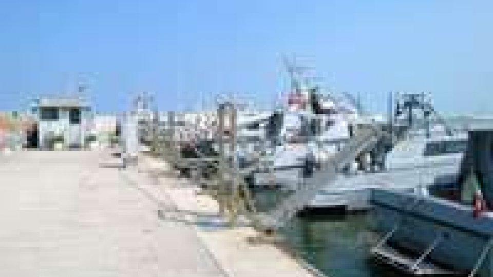 San Benedetto del Tronto, soccorsi due marinai in peschereccio: uno morto, l'altro in gravi condizioni