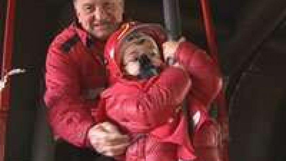 La Befana in visita ai Vigili del fuoco a Rimini