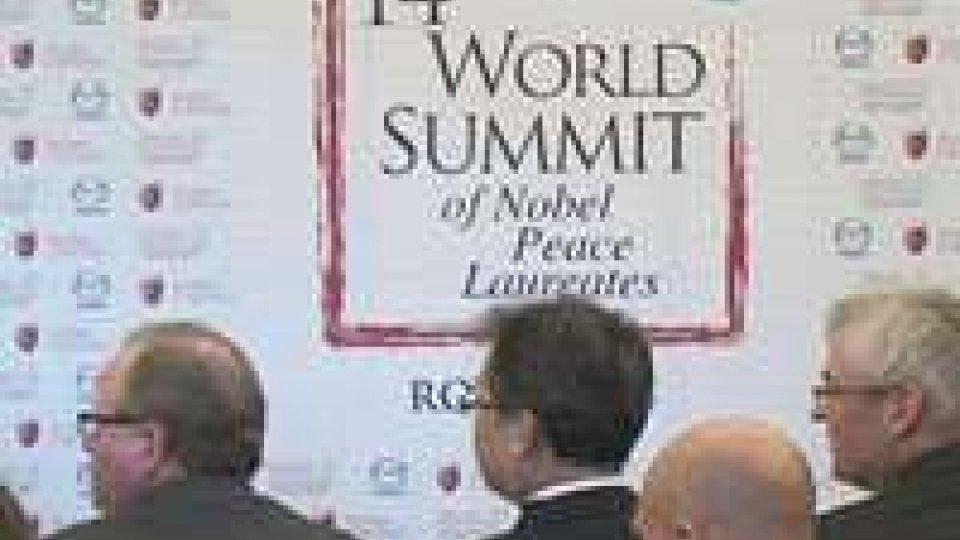 Summit dei Nobel per la pace: presentato l'evento in CampidoglioSummit dei Nobel per la pace: presentato l'evento in Campidoglio
