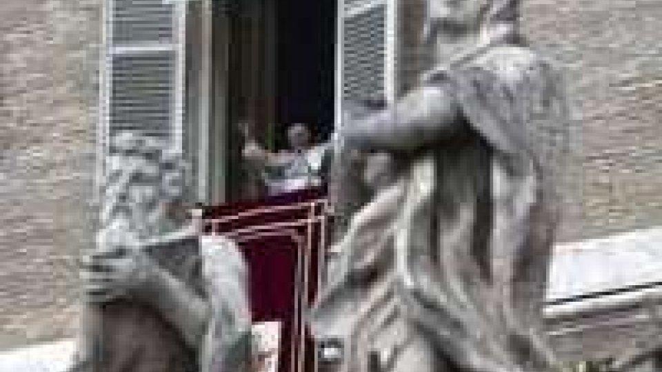 """Benedetto XVI: """"Consapevole della novità del mio gesto, non abbandono la Croce""""Papa emerito"""