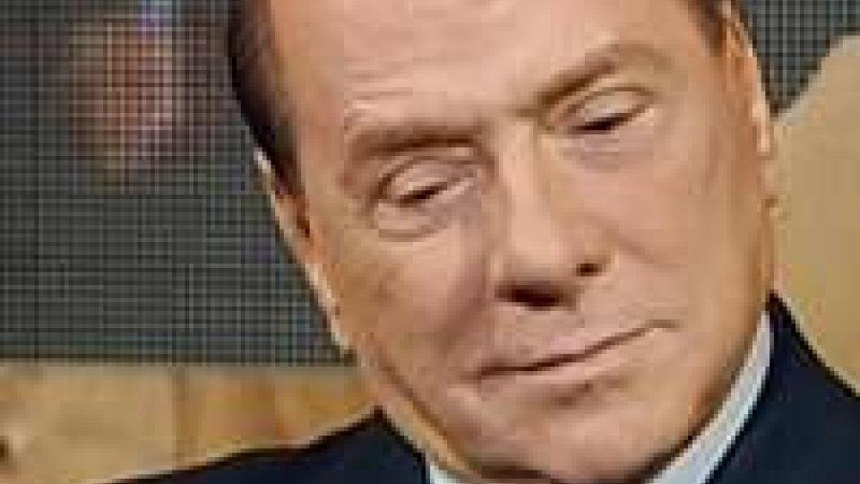 """Berlusconi: """"datemi la maggioranza e garantisco il condono tombale"""""""