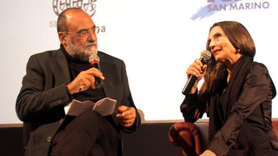 Il Dg Carlo Romeo e Ángela MolinaFestival del cinema spagnolo: Ángela Molina protagonista della serata inaugurale