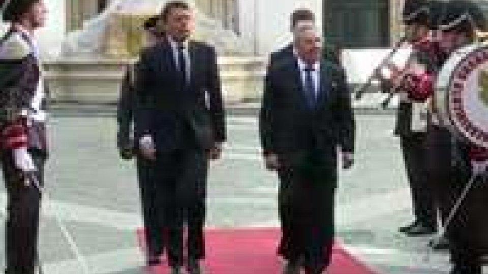 Raul Castro in Vaticano a colloquio privato col Papa e con Renzi a Palazzo Chigi
