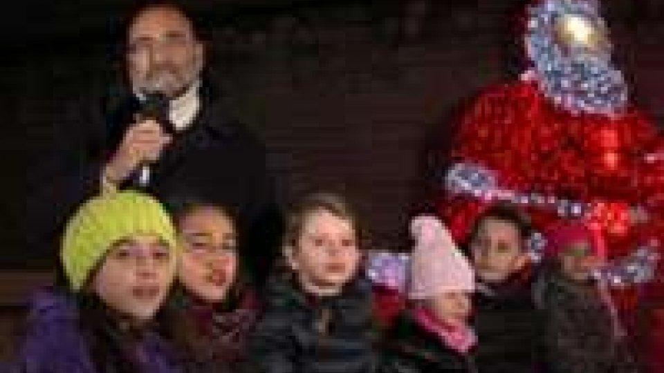 Il videomessaggio di auguri del Dg di San Marino Rtv Carlo RomeoGli auguri di Natale del Dg di San Marino Rtv Carlo Romeo