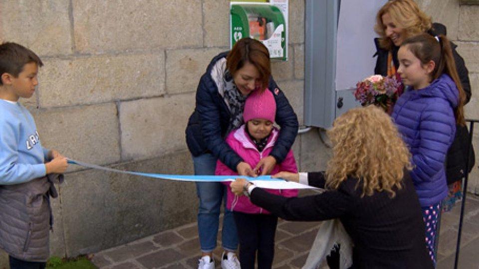 """l'inaugurazionePer una """"Repubblica cardioprotetta"""" un nuovo defibrillatore alla scuola elementare di Borgo Maggiore"""