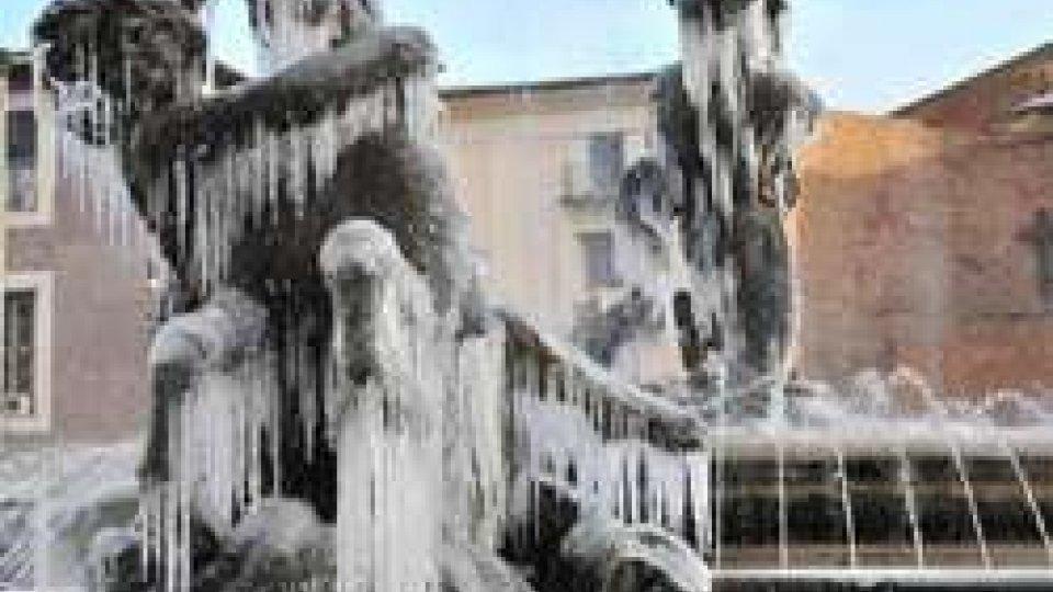 Stretta del gelo sull'Italia. A Rimini stanza di hotel per senzatetto