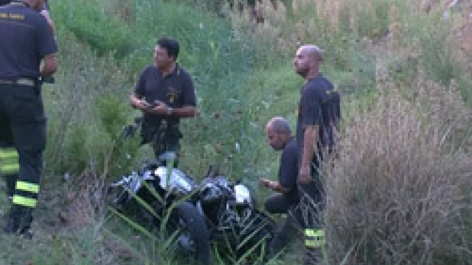 Incidente Ss16Scontro sulla statale 16: grave un centauro finito nel fosso