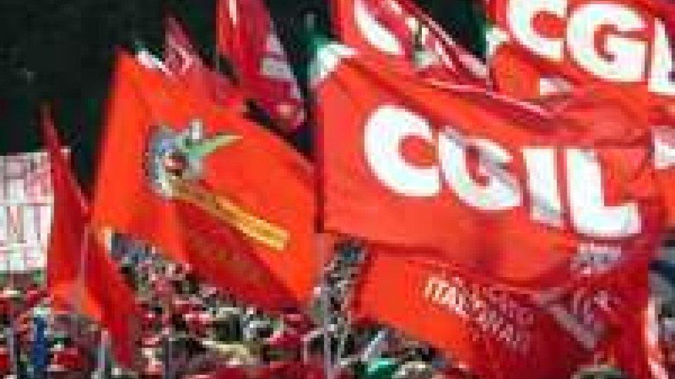 """La Cgil di Rimini denuncia: """"perde lavoro perché vuol cambiare sesso"""""""