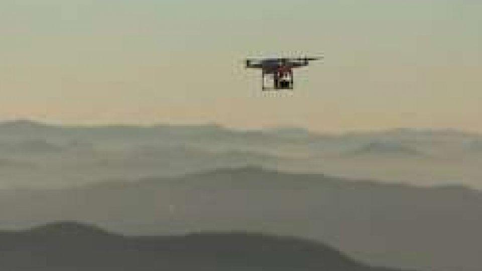 Il drone usato per i lavoriAlla scoperta dei 'segreti' della prima Torre e delle mura con droni, laser e carte topografiche [FOTO]