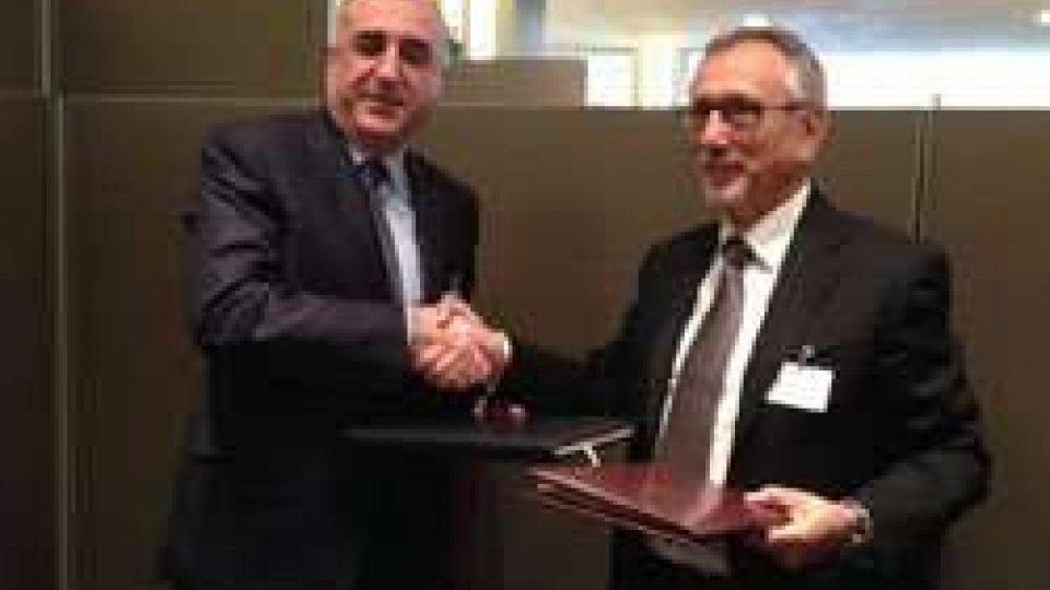 il Segretario di Stato agli Esteri ha inoltre firmato con l'omologo azero l'Accordo sulla Promozione e Protezione Reciproca degli Investimenti.